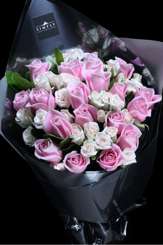 Valentine's Maria Roses with Milky White Baby Roses Bouquet